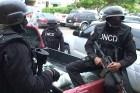 dncd1 Dizque asaltan negocio vestidos de agentes de DNCD