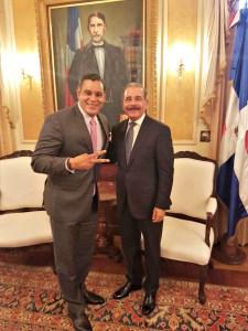 Presidente se reune con Sammy Sosa