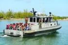criollos pescadores barco yola guardias militares Criollos + pesca ilegal en Islas Turcas y Caicos