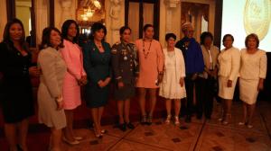 danilo Danilo otorga Medalla al Mérito a estas 13 mujeres destacadas