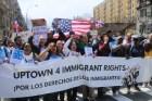 33384366974 91ddd6c65e z Inmigrantes del Alto Manhattan marchan contra Trump