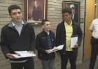 premio Premian chamaquitos hallaron US$17,000 y los devolvieron