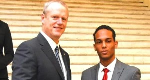 klinbert garcc3ada Estudiante dominicano es reconocido en Massachusetts