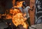 venezuela Omaigá!   Joven en llamas en Venezuela
