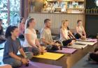 yoga con cerveza Yoga con cerveza: la nueva vaina fitness