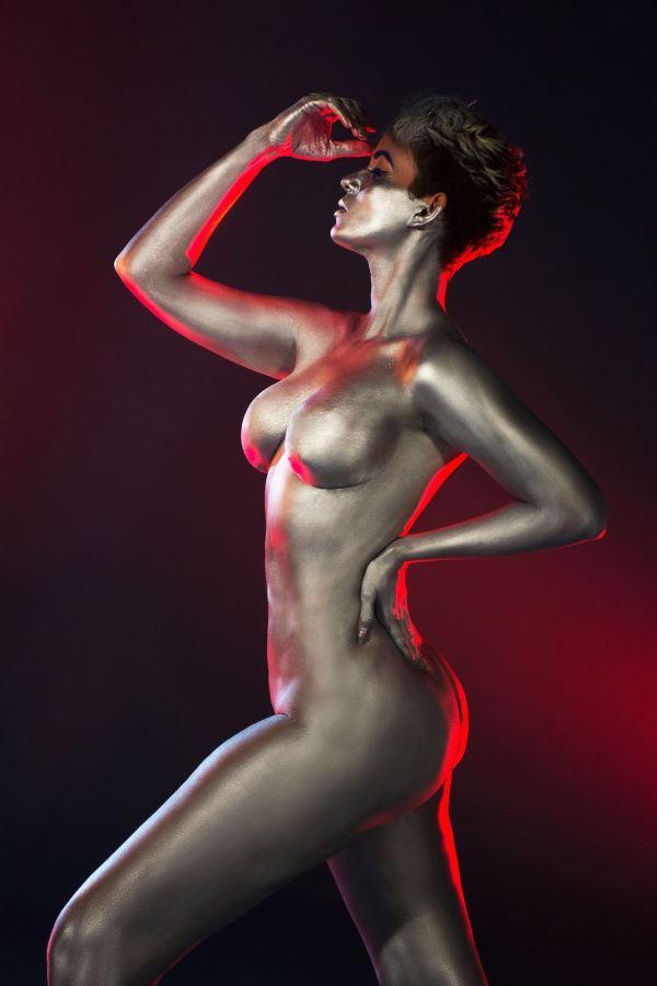 img 20160519 wa0038 El sexy body paint de la comunicadora dominicana Yelitza Lora