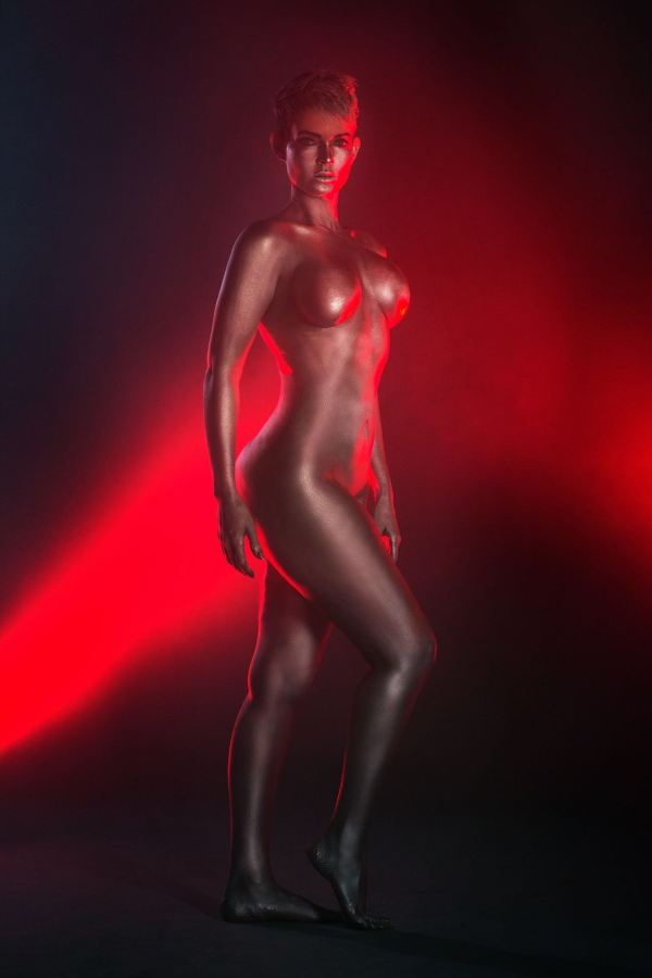 img 20160519 wa0040 El sexy body paint de la comunicadora dominicana Yelitza Lora