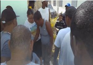 Pedernales 1 300x210 Una joven estudiante muere camino a buscar su nota (video)