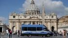 Vaticano 300x169 Vaticano: Orgía gay con drogas en el apartamento de un sacerdote