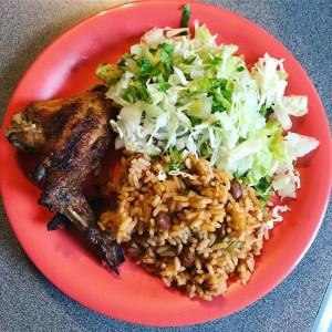 comida 4 300x300 Comida de las 12: Moro, pollo y ensalada