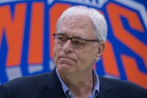 phil jackson 300x201 Phil Jackson abandona la presidencia de los Knicks