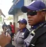 policia municipal santiago 150x151 Video: Se riegan contra policías municipales en Santiago