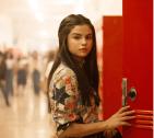 Selena 300x269 Estos son los que más cuartos ganan en Instagram; así lo hacen