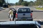 golpiza australia 150x100 Tipo da 'vejigazo' a mujer tras lío de tránsito en Australia