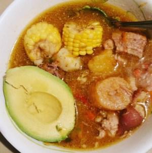 sancocho 300x301 Comida de las 12: Sancochito y aguacate