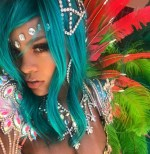 rihanna 150x154 Quille por vaina de Chris Brown en foto de Rihanna