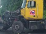 camion 1 150x111 Accidente múltiple en la autopista Duarte