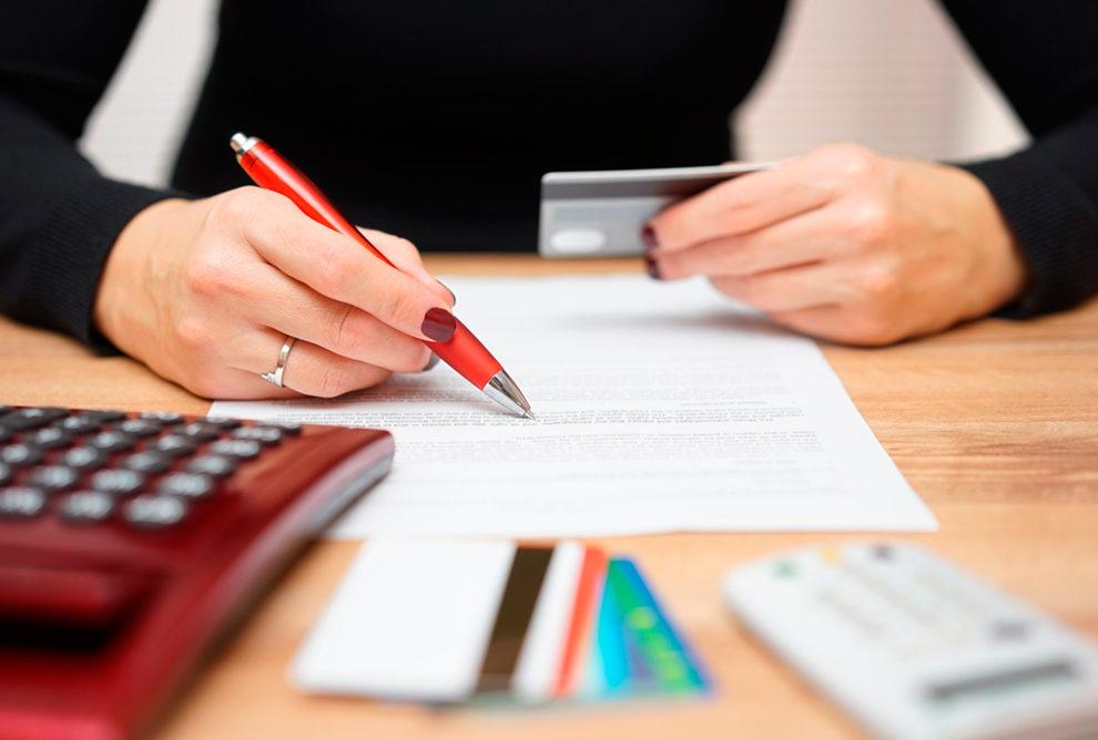 ¿Las deudas se eliminan de tu historial de crédito después de un tiempo?