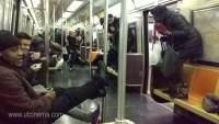 NY 2 200x113 Rata arma juidero en vagón de Metro de Nueva York
