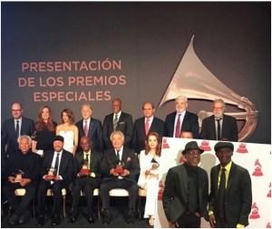 cucov 300x253 Wepa! Cuco Valoy recibe Premio a la Excelencia del Grammy Latino