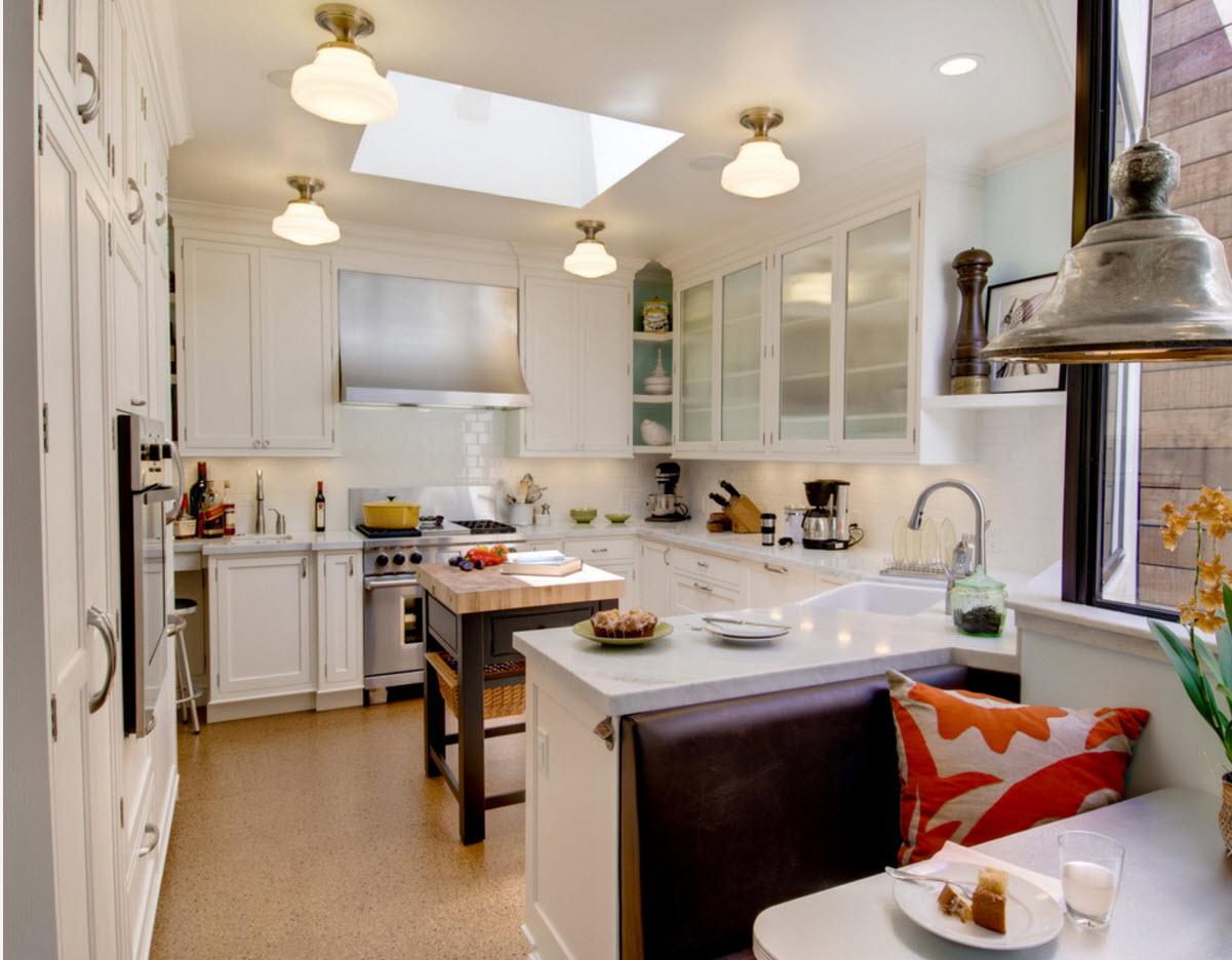 Emplacement Cuisine Dans La Maison À quoi ressemble la cuisine de 9 mètres carrés. intérieur de