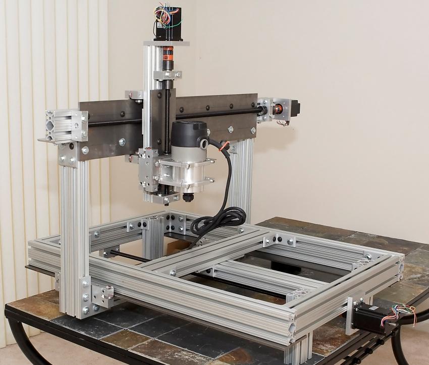 CNC фрезерлік машинасы кішкентай фредсиялық диірменді қолданып металл профильдерден жасалған
