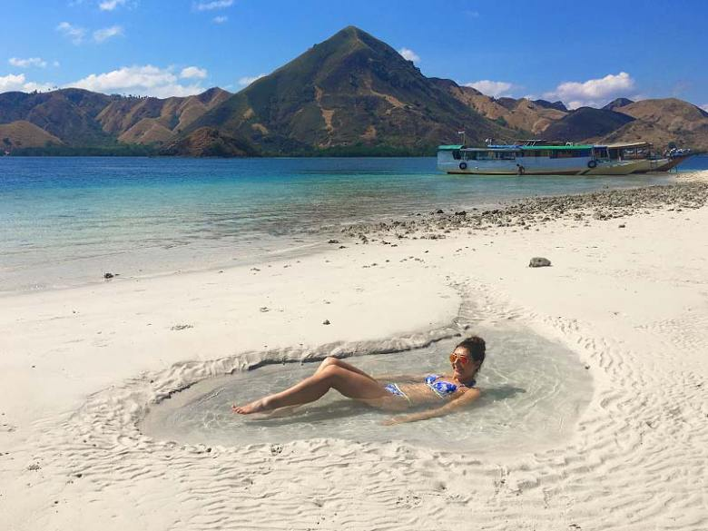 Travelling to Kelor Island in Komodo National Park