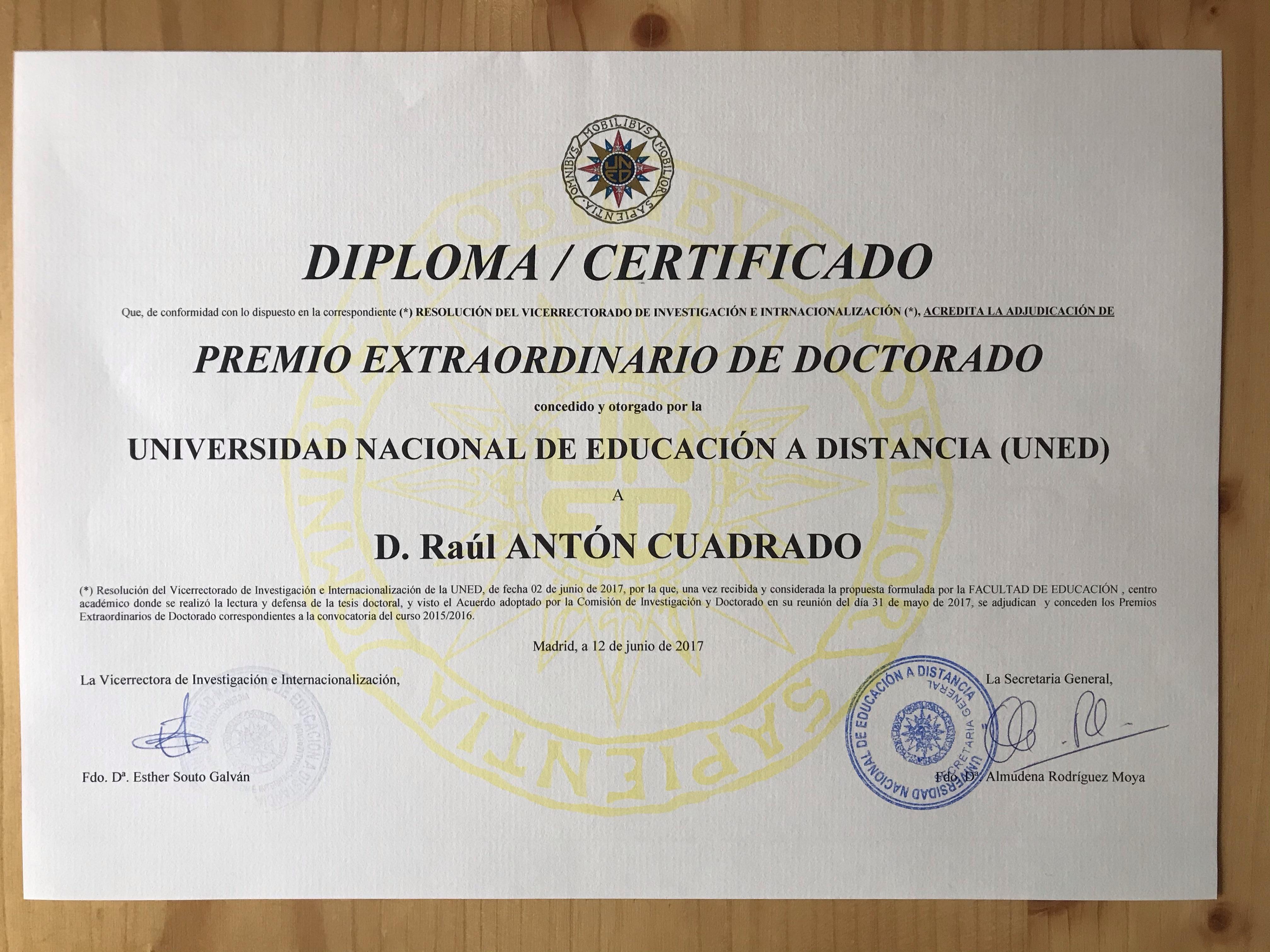 Premio Extraordinario de Doctorado. Extraordinary PhD Award