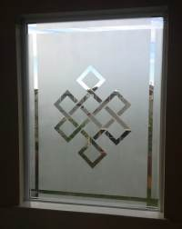 How To Frost A Window For Privacy - Frosted Window DIY ...