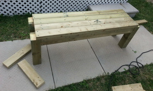 How To Build A Patio Deck Bench_02
