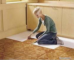Self-laying vinyl flooring
