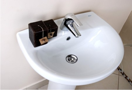 faience washbasin