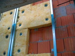 insulation of the walls of the house with mineral wool
