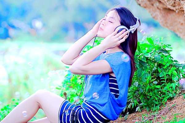 超共感できる!遠距離恋愛の歌7選