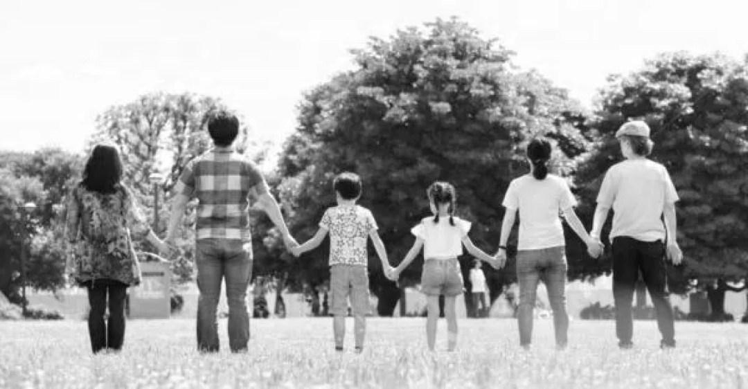 家族 公園 幸せ