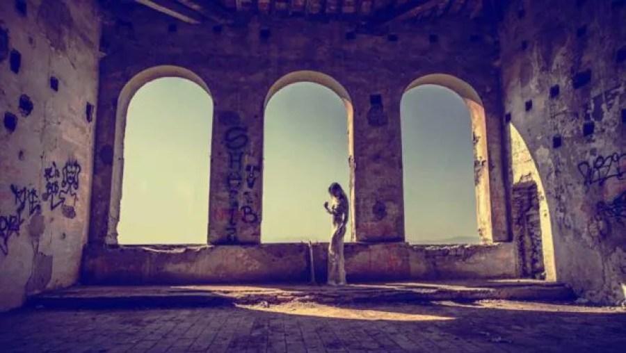 なぜ恋愛に罪悪感を感じてしまうのか?スピリチュアルに解説