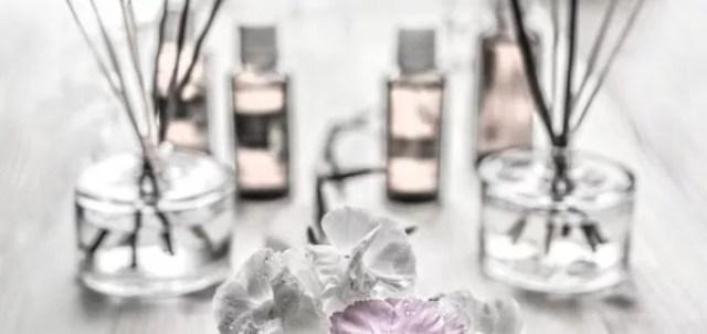 香り アロマ 匂い 香水