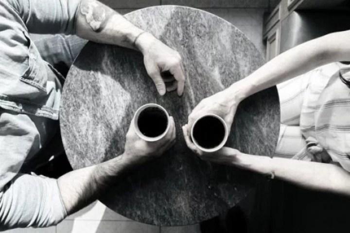 カップル 二人きり 対話 カフェ デート