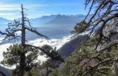 Formidabler Ausblick auf den unter dem Nebelmeer liegenden Vierwaldstättersee.