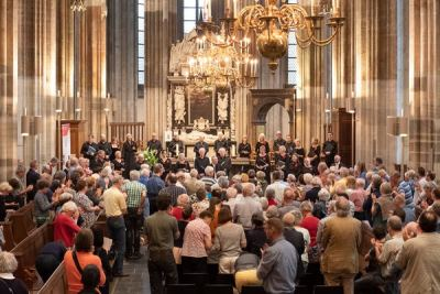 Performing in the Domkerk, Utrecht