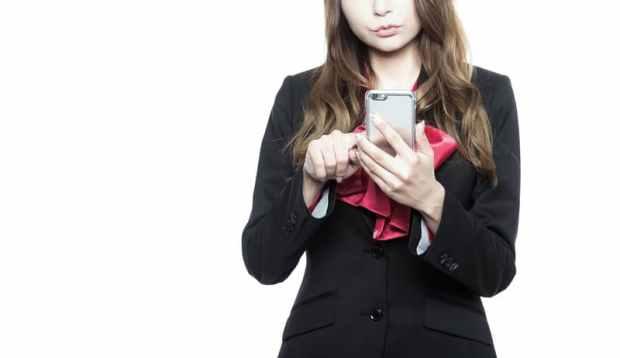 その1.婚外恋愛のメールの頻度は週に2~3回がベスト
