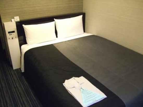 ホテルで男女関係に