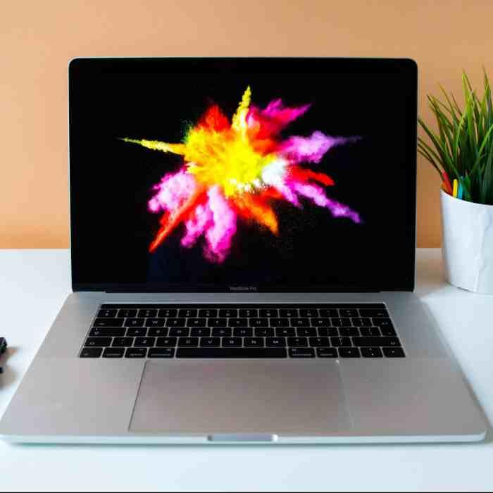 mise à jour logiciel sur laptop