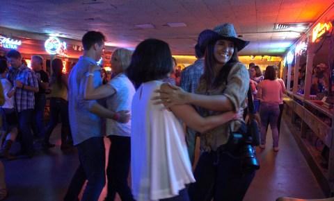 Uma aula de dança estilo country em Austin, no Texas | Renata Pereira