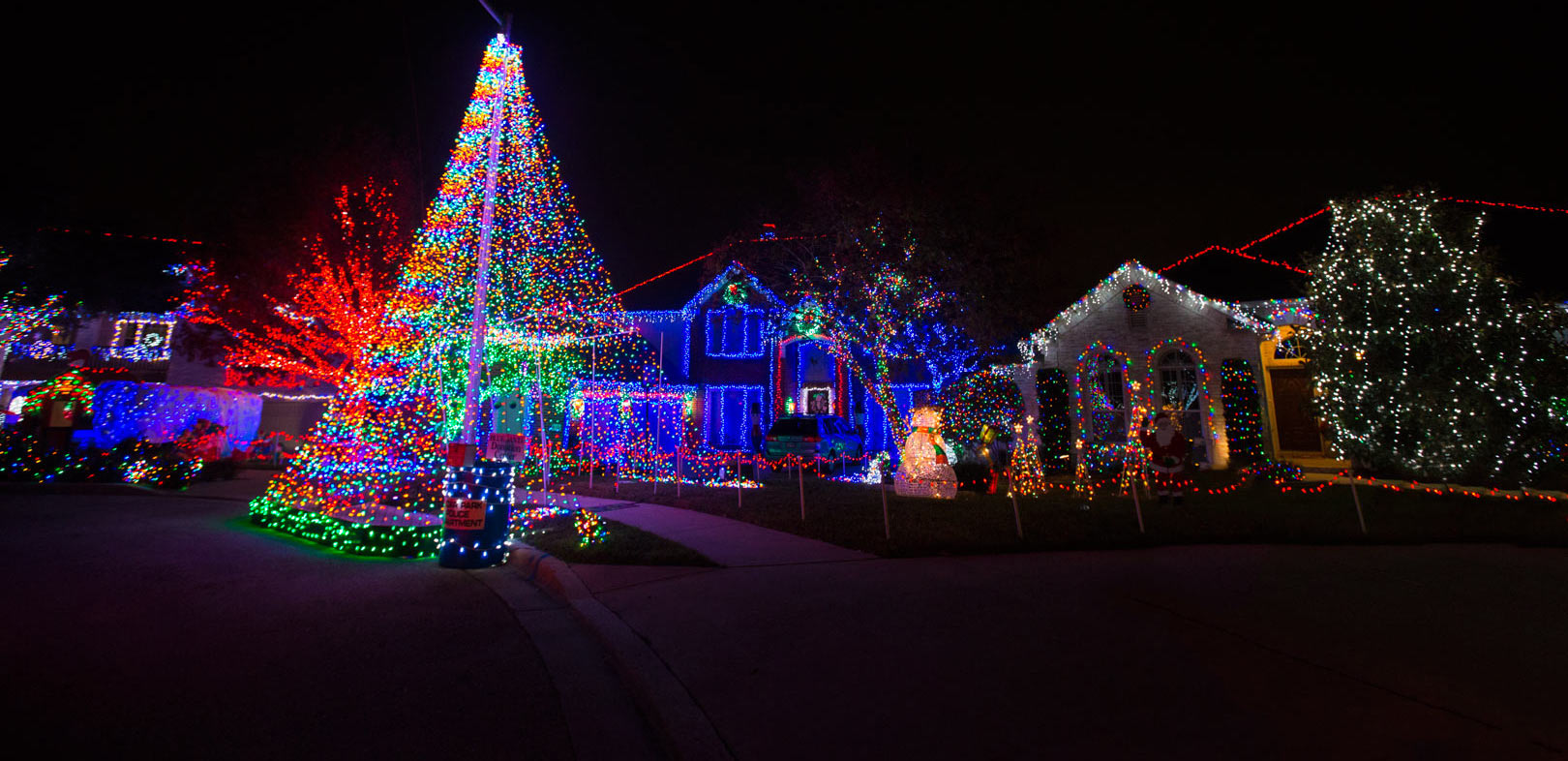 Christmas Lights in Austin Texas & Christmas Lights in Austin Texas - Renata Pereira TV azcodes.com