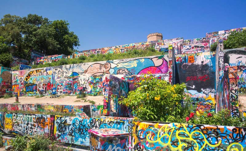 Murals and the graffiti park downtown austin texas for Austin frog mural