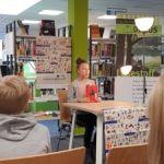 Jasmina Schubert (6a) beim Vorlesewettbewerb der Stadt