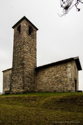Garbagnate Monastero, Chiesa di S. Martino. Nikon 810, 20 mm (24.0 mm ƒ/1.8) 1/15 sec ƒ/8 ISO 64