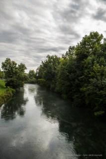 """Pordenone, fiume Noncello dal """"Ponte di Adamo ed Eva"""". Nikon D810, 24 mm (24-120.0 mm ƒ/4) 1/125 sec ƒ/4.5 ISO 64"""