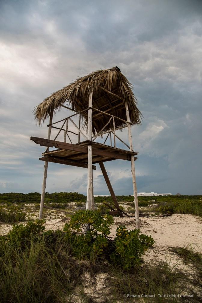 "Lifeguard watch-platform, Playa Las Gaviotas, on Cayo Santa Maria. Nikon D810, 24 mm (24-120.0 ƒ/4) 1/250"" ƒ/5.6 ISO 400"